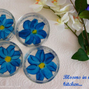 hand painted bowls, glass bowls, DIY, craft ideas, hobby ideas, DIY bowls, dessert bowls, creme brulee, lausanne, girls, painting, glass painting