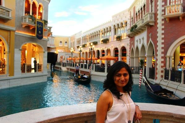 Vegas, Hotel Paris, las vegas, things to do in las vegas, traveler, travel to vegas, bellagio