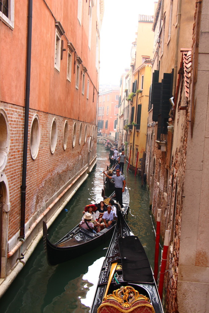 Venice, things to do in venice, merchant of venice, three days in venice, gondola rides, gondola ride in venice, sight seeing in venice, al codega, italy, venice itinerary, san marco square, piazza san marco, venezia, best of venice, gondola rides, gondola ride in venice, gondola prices, is gondola ride worth it, should you do gondola ride