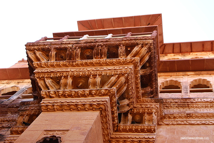 jodhpur, mehrangarh fort, things to do in jodhpur, things to do in rajasthan, rajasthan blog, raas haveli, raas haveli review, jodhpur city, rajasthan road trip, best places to see in india, best places to see in rajasthan, sight seeing in rajasthan, sight seeing in jodhpur, what to do in jodhpur, photography in jodhpur, mehrangrah fort review, jaswant thada, day trip from jodhpur, shopping in jodhpur, umaid bhawan palace, fort in jodhpur, blue city tour, blue city, Baradari restaurant, Darikhana review, mehrangarh fort review, what to see in Jodhpur, where to eat in Jodhpur, highlights of jodhpur, highlights of mehrangarh fort, shopping in mehrangarh, shopping in jodhpur