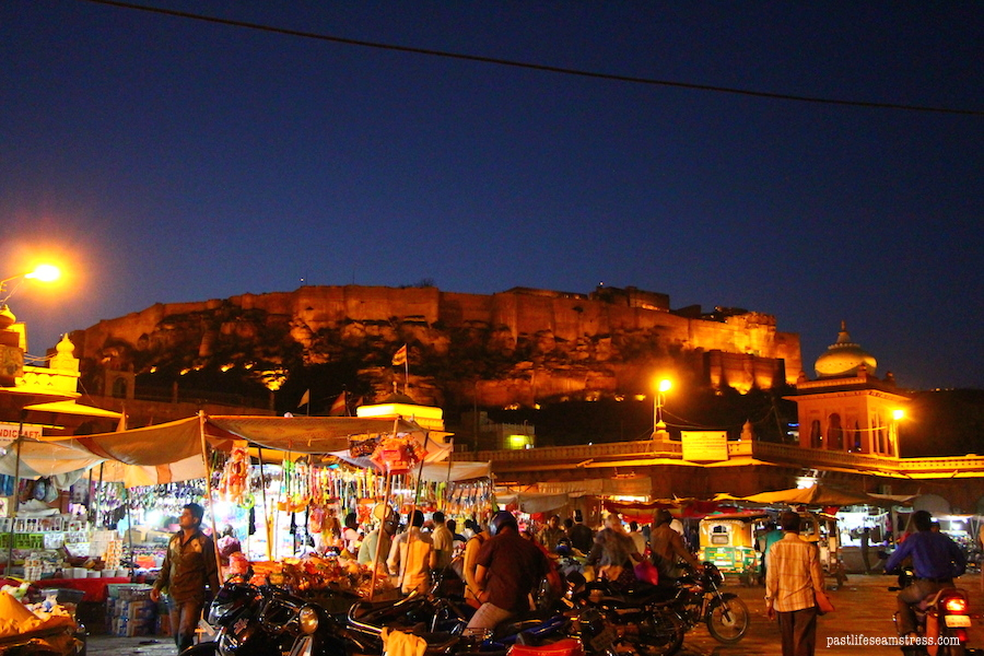 jodhpur, mehrangarh fort, things to do in jodhpur, things to do in rajasthan, rajasthan blog, raas haveli, raas haveli review, jodhpur city, rajasthan road trip, best places to see in india, best places to see in rajasthan, sight seeing in rajasthan, sight seeing in jodhpur, what to do in jodhpur, photography in jodhpur, mehrangrah fort review, jaswant thada, day trip from jodhpur, shopping in jodhpur, umaid bhawan palace, fort in jodhpur, blue city tour, blue city, Baradari restaurant, Darikhana review