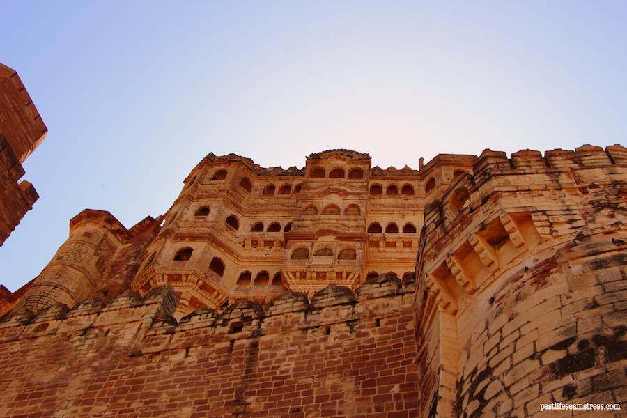 jodhpur, mehrangarh fort, things to do in jodhpur, things to do in rajasthan, rajasthan blog, raas haveli, raas haveli review, jodhpur city, rajasthan road trip, best places to see in india, best places to see in rajasthan, sight seeing in rajasthan, sight seeing in jodhpur, what to do in jodhpur, photography in jodhpur, mehrangrah fort review, jaswant thada, day trip from jodhpur, shopping in jodhpur, umaid bhawan palace, fort in jodhpur, blue city tour, blue city, Baradari restaurant, Darikhana review, mehrangarh fort review, what to see in Jodhpur, where to eat in Jodhpur