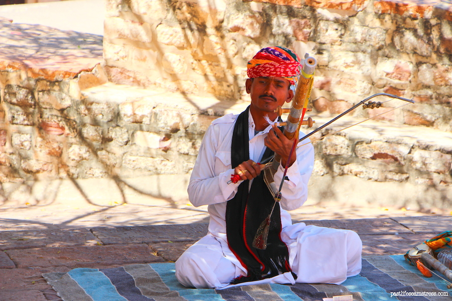 jodhpur, mehrangarh fort, things to do in jodhpur, things to do in rajasthan, rajasthan blog, raas haveli, raas haveli review, jodhpur city, rajasthan road trip, best places to see in india, best places to see in rajasthan, sight seeing in rajasthan, sight seeing in jodhpur, what to do in jodhpur, photography in jodhpur, mehrangrah fort review, jaswant thada, day trip from jodhpur, shopping in jodhpur, umaid bhawan palace, fort in jodhpur, blue city tour, blue city, Baradari restaurant, Darikhana review, mehrangarh fort review, what to see in Jodhpur, where to eat in Jodhpur, highlights of jodhpur, highlights of mehrangarh fort