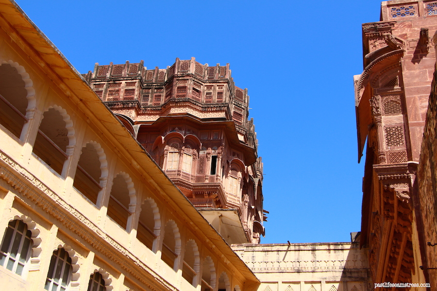 city, rajasthan road trip, best places to see in india, best places to see in rajasthan, sight seeing in rajasthan, sight seeing in jodhpur, what to do in jodhpur, photography in jodhpur, mehrangrah fort review, jaswant thada, day trip from jodhpur, shopping in jodhpur, umaid bhawan palace, fort in jodhpur, blue city tour, blue city, Baradari restaurant, Darikhana review, mehrangarh fort review, what to see in Jodhpur, where to eat in Jodhpur, highlights of jodhpur, highlights of mehrangarh fort, shopping in mehrangarh, shopping in jodhpur