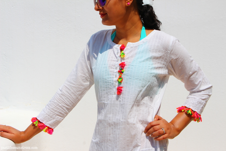 diy, diy tunic, tassel tunic, ethnic tunic, indian tunic, ethnic tunic, how to make tassels, tassel diy, white tunic, white kurta, pintuck tunic, beach cover up, beach cover up ideas, kaftan, beach kaftan, indian kaftan, yarn ideas, bright tunic