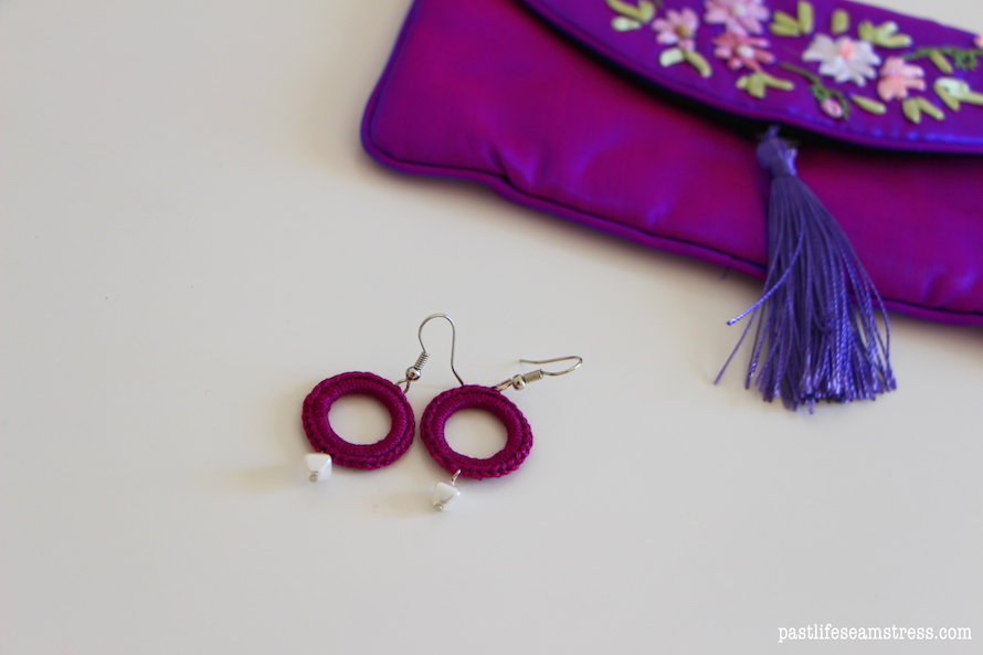 handcrafted earrings, diy earrings, diy jewellery, bead work, easy diy jewellery tutorial, diy earrings, tassel earrings,