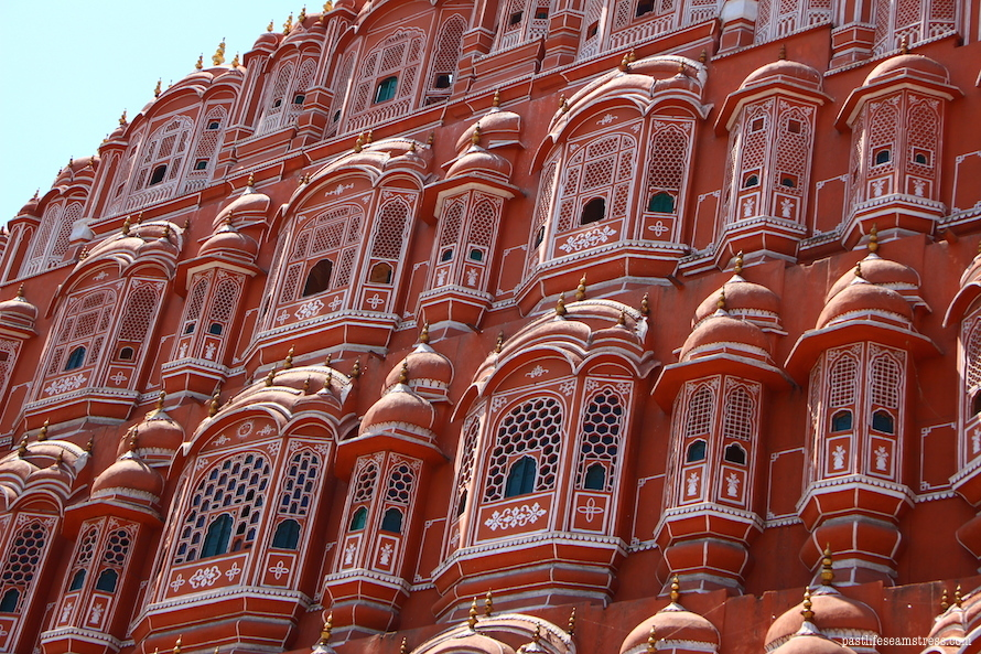 jaipur, jaipur travel, things to do in jaipur, sight seeing in jaipur, jaipur city, pink city, rajasthan trip, rajasthan travel, best places to see in rajasthan, city palace jaipur, jaipur itinerary, best of jaipur, best of india, India, india travel, best places in india, best places to see in India, incredible india, jal mahal, amer fort, amber fort Jaipur, shopping in jaipur, hawa mahal, elephants